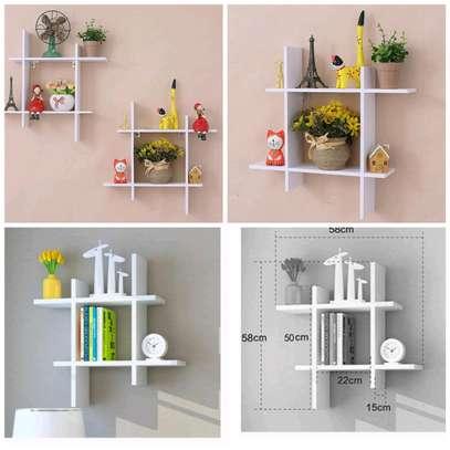 Simple square decor image 1