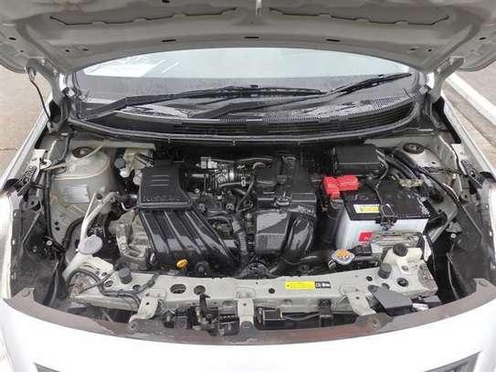 Nissan Tiida image 8
