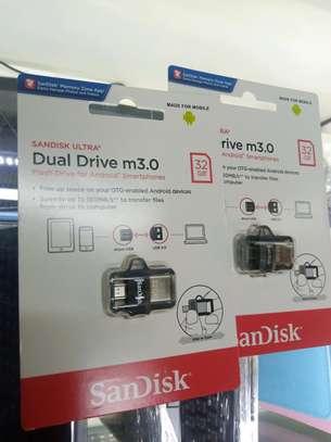 SanDisk Ultra Dual 32GB USB 3.0 OTG Pen Drive image 1