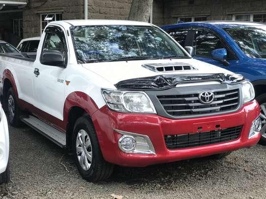 Toyota Hilux 2.5 D-4D image 1