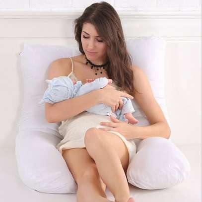 maternity pillow image 5