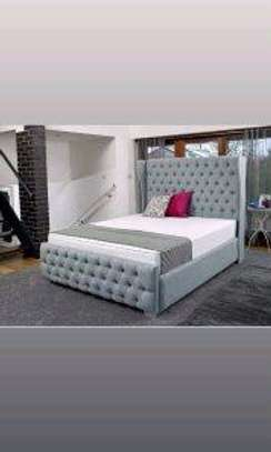 King size 5*6 bed,