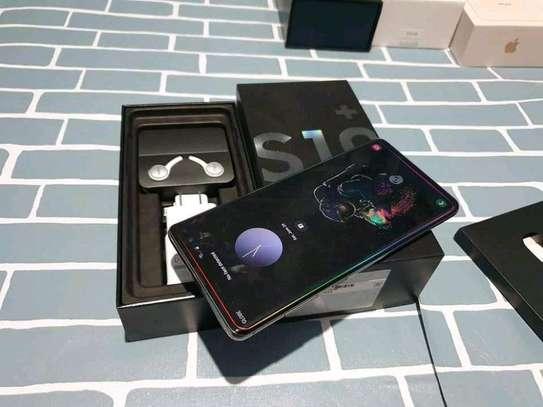 Samsung Galaxy S10 Plus [ 512 Gigabytes ] image 2