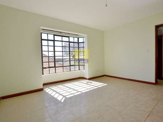 Parklands - Flat & Apartment image 9