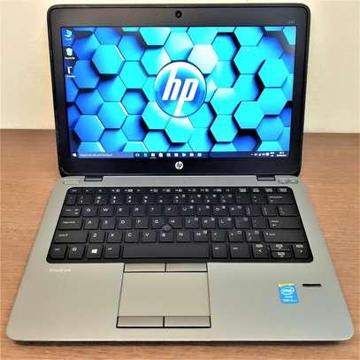 hp laptop 820 G3 image 1