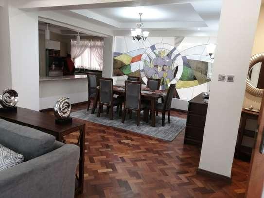 Furnished 3 bedroom apartment for rent in Riverside image 5