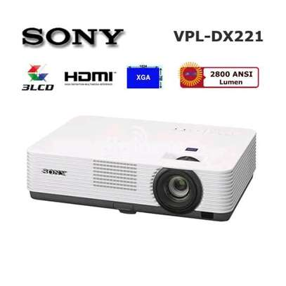 Sony VPL-DX 221 Projector image 3