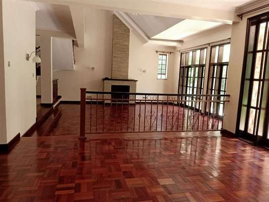 4 bedroom house for rent in Rosslyn image 2