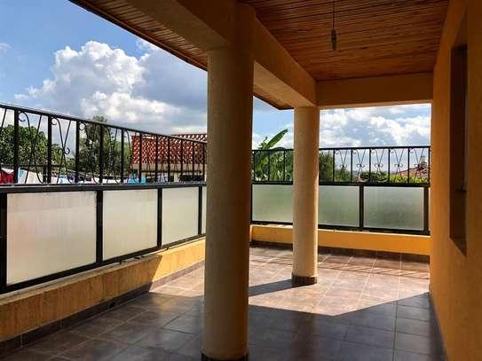 Runda - House image 8