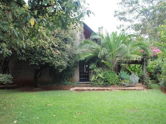 4 bedroom townhouse for rent in Muthaiga Area image 8
