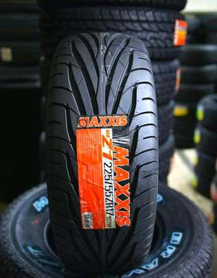 Maxxis Tyres 225/55R17 image 1