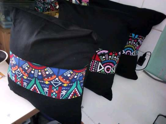 cushion covers/african print image 1
