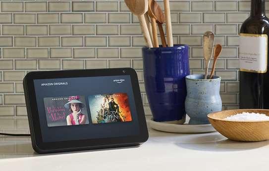Amazon Echo Show 8 HD smart display with Alexa image 2