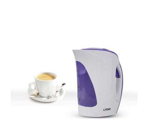 powerful Cordless kettle image 1