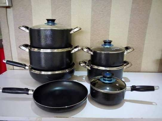 Signature non stick cooking set