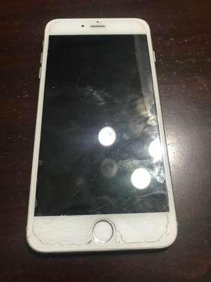 Iphone 6s plus image 1