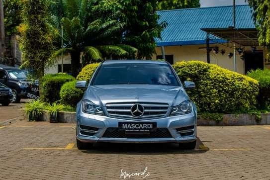 Mercedes-Benz C180 image 4