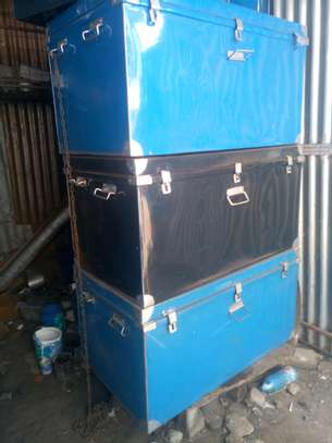 Metallic boxes image 2