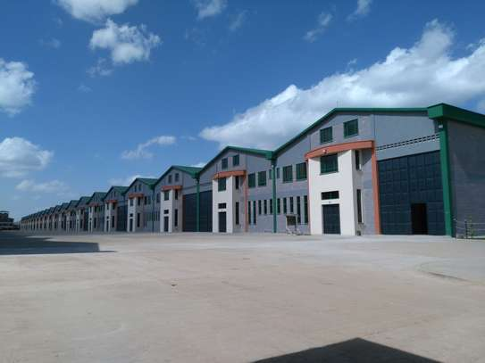 11100 ft² warehouse for rent in Mombasa Road image 1