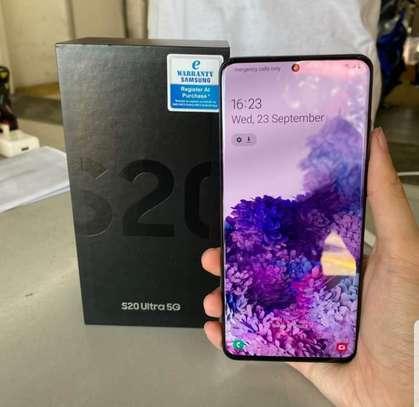 Samsung S20 image 2