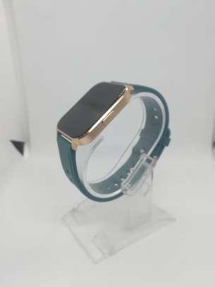 2021 Green Q18 Reloj Inteligente Smart Watch Ip68 Waterproof Fitness Tracker image 1
