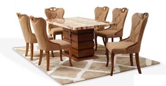 Quinnel Ultra Deluxe Dining Table