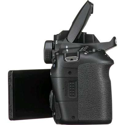 Canon EOS 90D DSLR Camera 32.5MP 3.0 LCD Screen Wi-Fi and Bluetooth Plus Lens 18-135 USM Lens Kit image 3