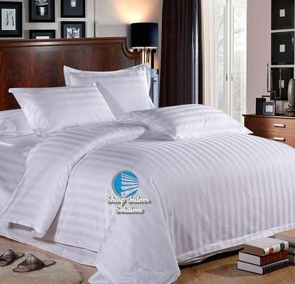Stripped white cotton duvet covers image 1