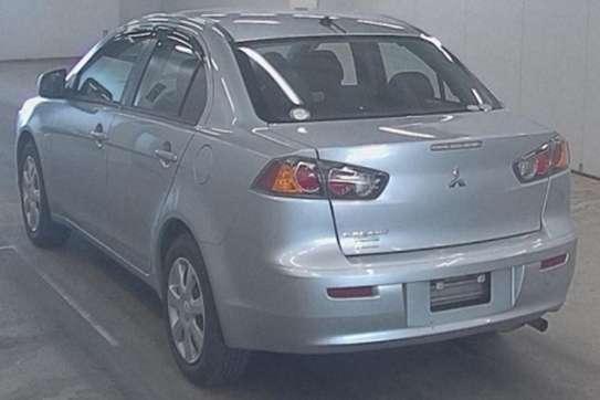 Mitsubishi Galant image 5