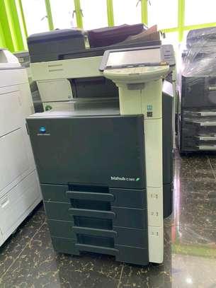 Fully featured Konica minolta bizhub c360 colored photocopier machine image 1