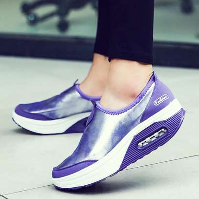 Latest lady sneakers image 2