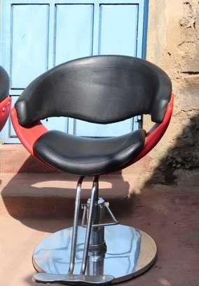 Barber/salon seats image 1