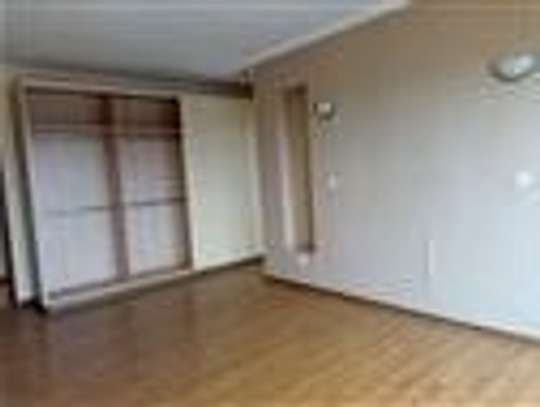 4 bedroom townhouse for rent in Thindigua image 10
