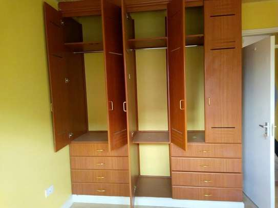 EXECUTIVE TWO  BEDROOM TO LET AT HARAMBEE SACCO  ESTATE image 4