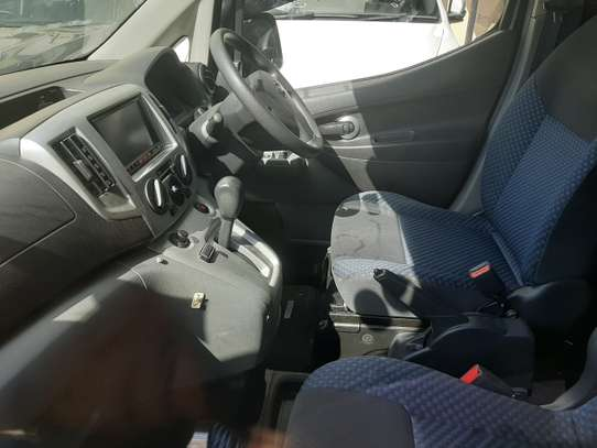 Nissan NV200 image 3