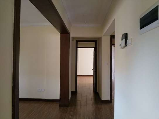 3 bedroom apartment for rent in Kyuna image 3