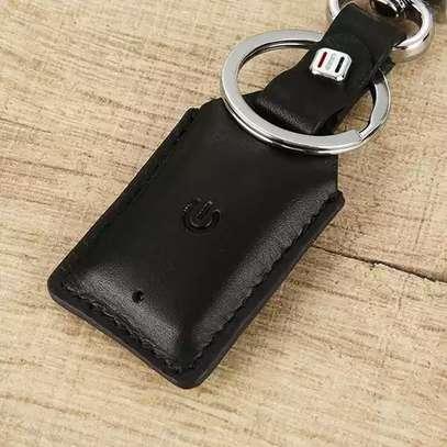 Smart Bluetooth Leather Key Holder image 2