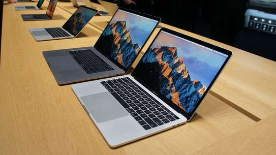 MacBook Pro Core i7 2015 Model image 1