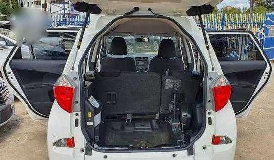 Toyota Ractis for sale image 4