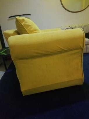 Sofa image 3
