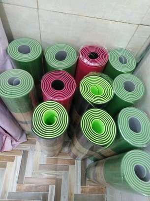 Big and large yoga mat image 1