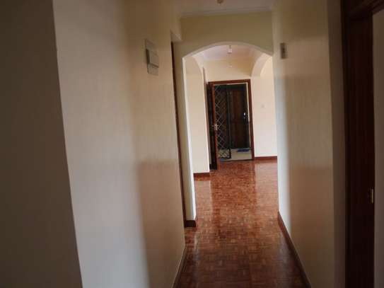 Lavington - Flat & Apartment image 10