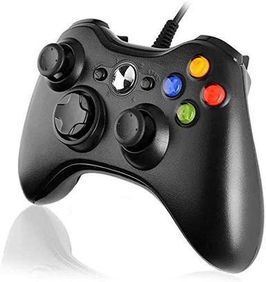 Microsoft Xbox 360 Wired Controller For Windows & Xbox 360 Console image 1