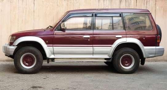 Mitsubishi Pajero image 9