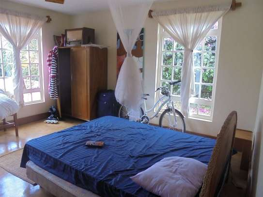 Furnished 3 bedroom villa for rent in Runda image 14