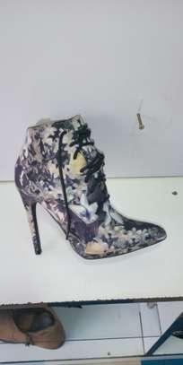 Women shoes image 1