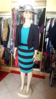 Stripped Contrast Midi Dress image 2