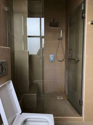 2 bedroom apartment for rent in Riverside image 6