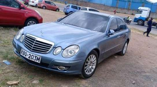 Mercedes-Benz E320 KBQ Auto Petrol. Clean! image 5