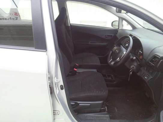 Subaru Trezia image 2